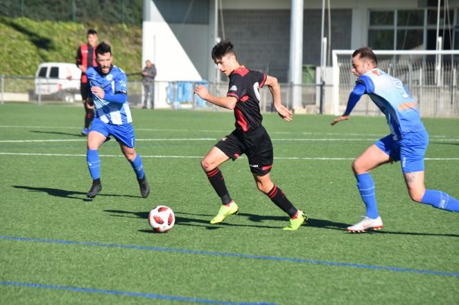 🔊 El Reus B Cambrils veu frenada la seva gran ratxa de resultats en el primer partit de l'any