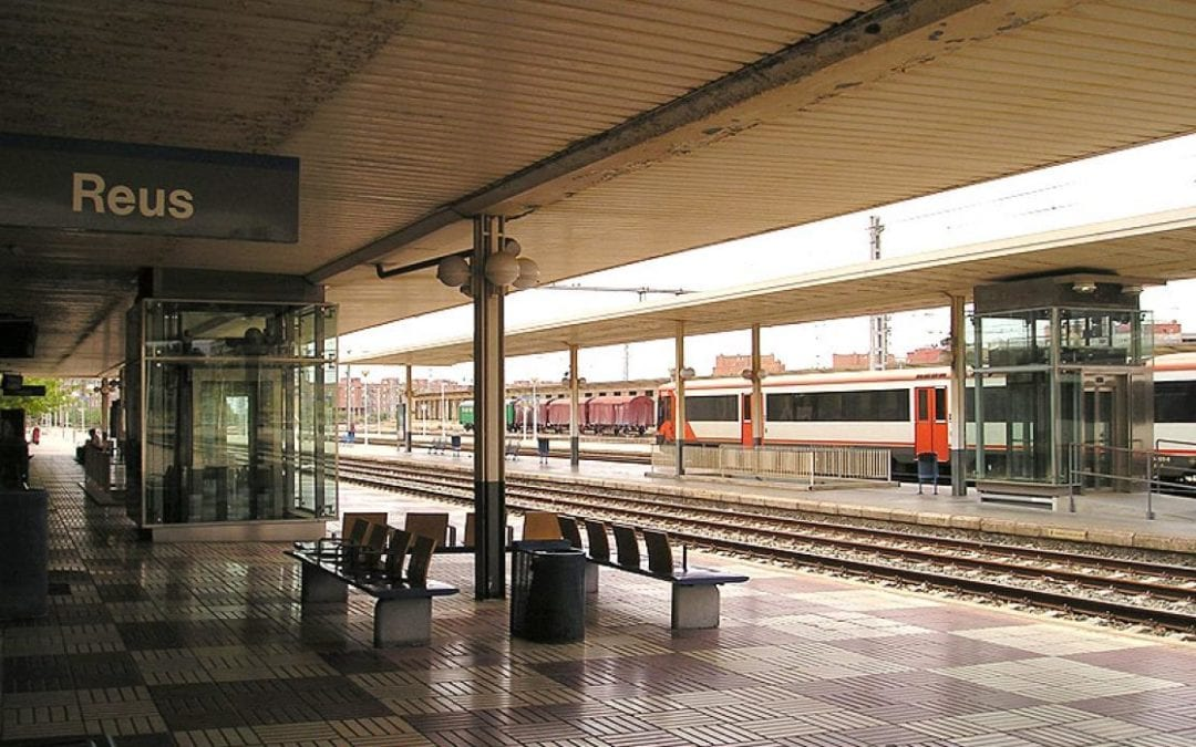 🔊 ADIF podria desencallar aviat la construcció d'una passarel·la entre l'estació de trens i la Boca de la Mina i el baixador de Bellissens