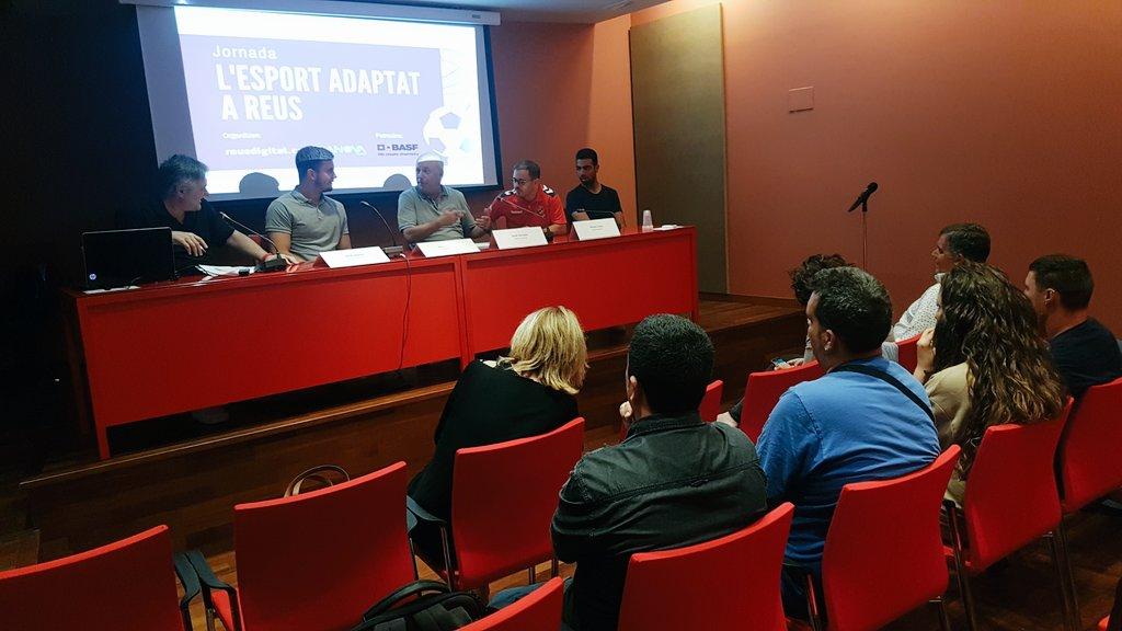 La jornada 'L'esport adaptat a Reus' reivindica la pràctica esportiva com a eina d'integració social
