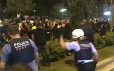 Càrregues a Reus i un menor atropellat a Tarragona en les protestes contra la sentència