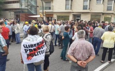 Reus surt al carrer per rebutjar la sentència del procés