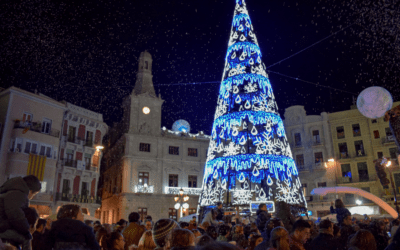"""🔊 Montserrat Caelles: """"Cada vegada som més gent a la Mercadal per acomiadar l'any"""""""