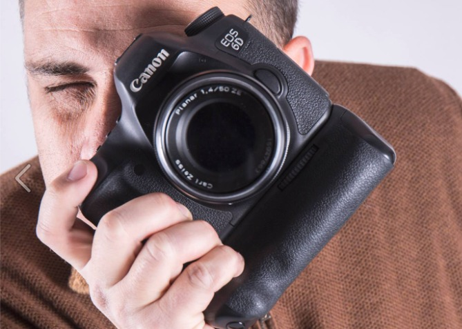"""🔊 Jon Tarafa: """"Vull fotografiar perfils molt diferents i destacats del món de Reus"""""""