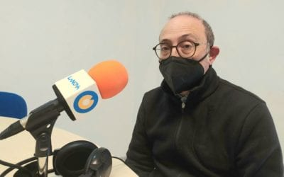 """🔊 Aureli Ruiz: """"Busco que l'espectador prengui consciència dels problemes de la Mediterrània a través d'objectes quotidians"""""""