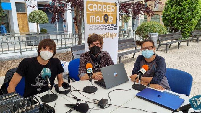"""El """"Carrer Major"""" de LANOVA Ràdio de Reus i les emissores de La Xarxa, finalista dels Premis Petxines de la Informació 2021"""