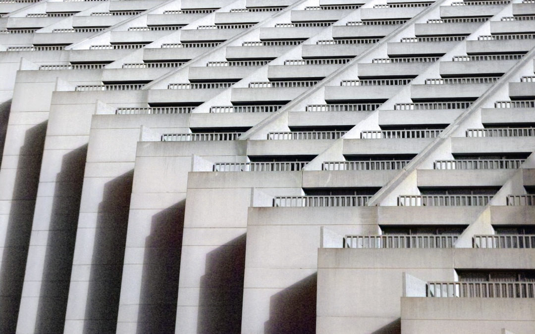 "🔊 ""L'illa dels monstres 4×16"" – 'Arquitectures abrasives'"
